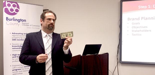 Kenneth Hitchner Social Media Expert