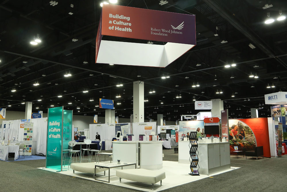 https://cmamarketingsolutions.com/wp-content/uploads/2016/12/RWJF-Tradeshow-Booth.jpg